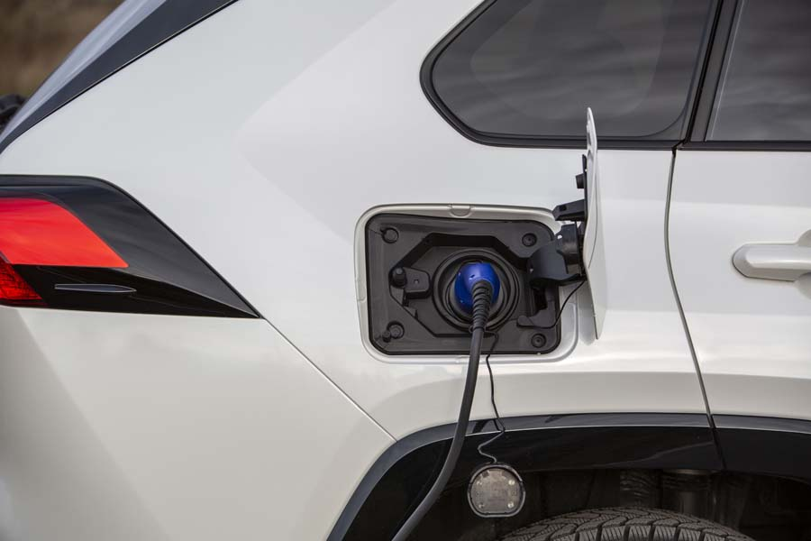 Suzuki Across - hybryda plug-in (PHEV)